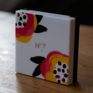 No7 Vital Bright Cream Blush